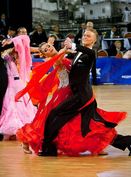 Бальный_танец
