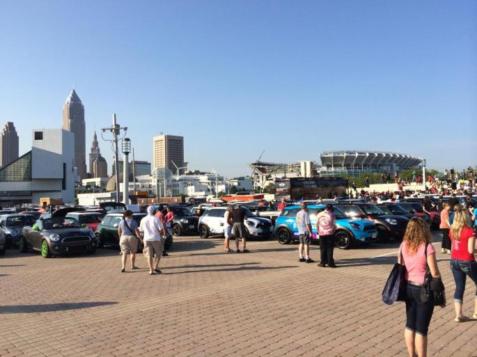Minis arrive on the Lakefront!