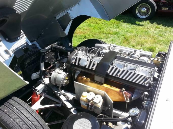 Aston motor